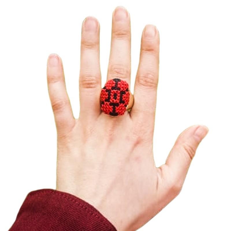خاتم تطريز يدوي
