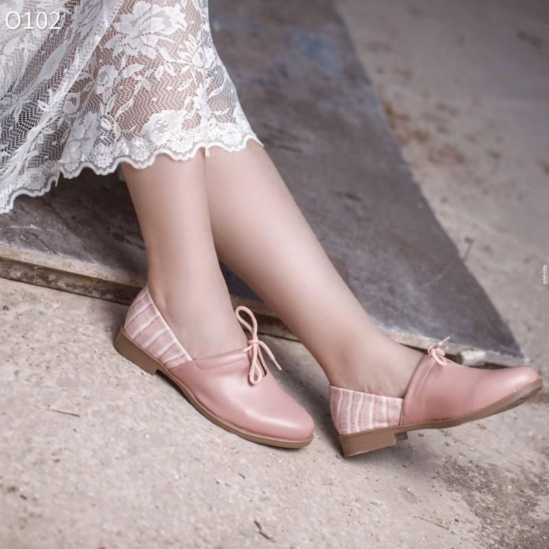 حذاء ستاتي صنـاعة محلية مريح و عملي جلد صناعي جودة عالية